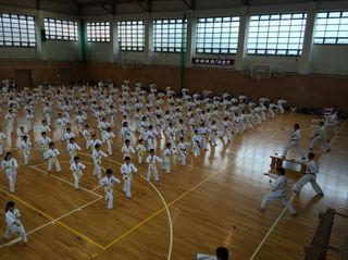 05 1000本突き_R.JPG